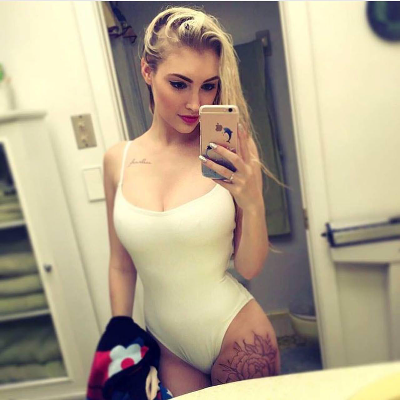 11 Anna Faith Nude Leaked