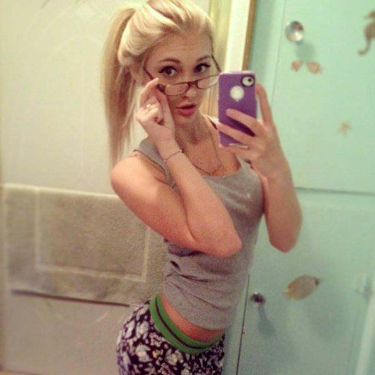 21 Anna Faith Nude Leaked