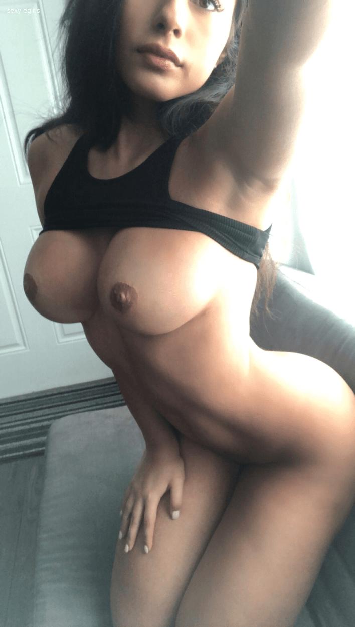 Amanda Trivizas dupose.com 8917f953c4eecdf01a204b657a5e1acd 1