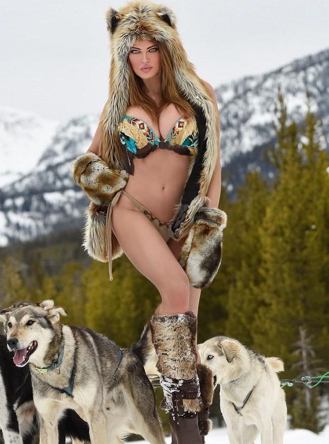 Dana Hamm nude photos 20