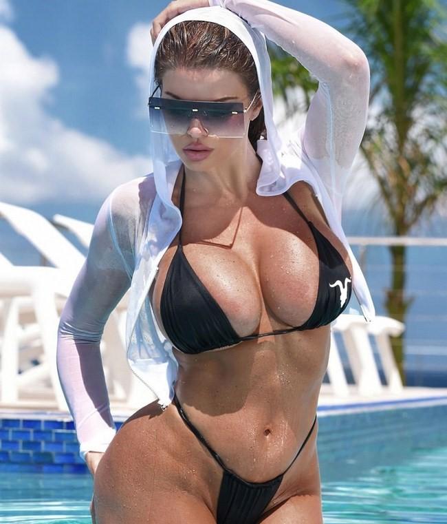 Dana Hamm nude photos 6