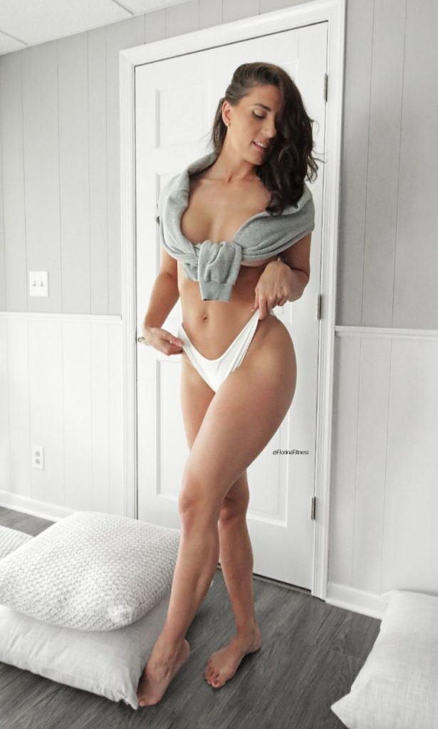 FitNakedGirls.com Florina Fitness nude 15 615x1024 1