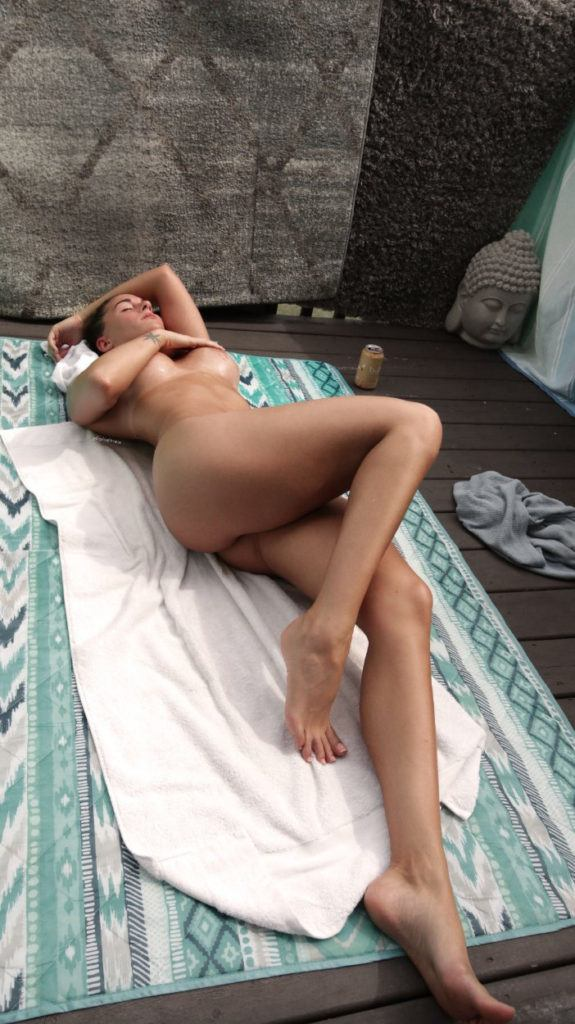 FitNakedGirls.com Florina Fitness nude 18 575x1024 1