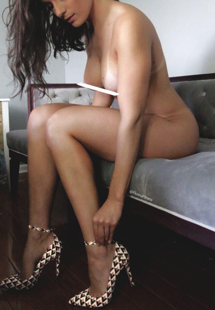 FitNakedGirls.com Florina Fitness nude 26 709x1024 1