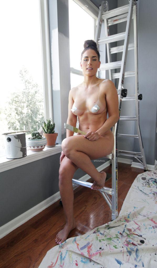 FitNakedGirls.com Florina Fitness nude 31 599x1024 1