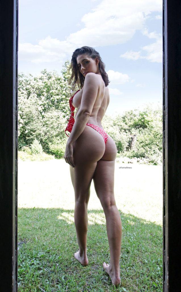 FitNakedGirls.com Florina Fitness nude 35 637x1024 1