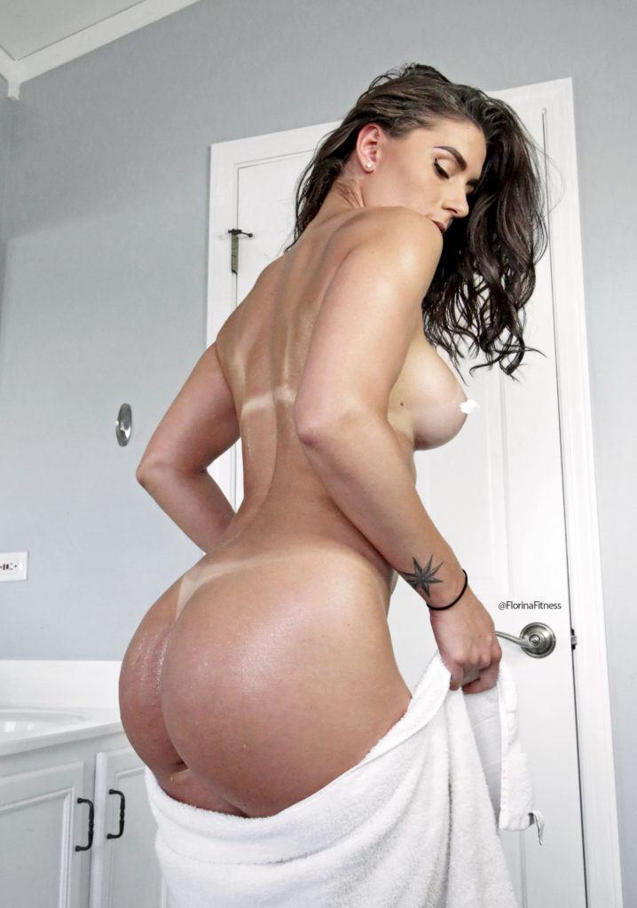 FitNakedGirls.com Florina Fitness nude 41 718x1024 1