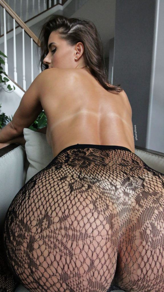 FitNakedGirls.com Florina Fitness nude 44 575x1024 1