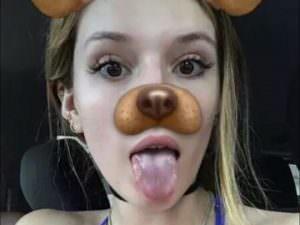 bella thorne tongue snap